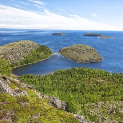Вид на архипелаг Кузова с острова Немецкий Кузов Беломорье