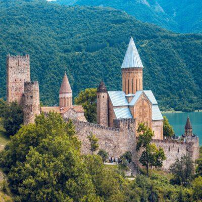 Крепость Ананури Грузия