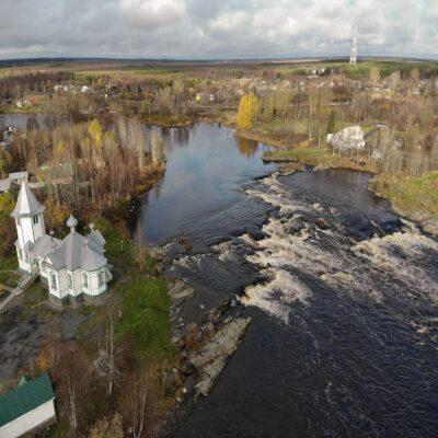 Порог и церковь в Беломорске Беломорье
