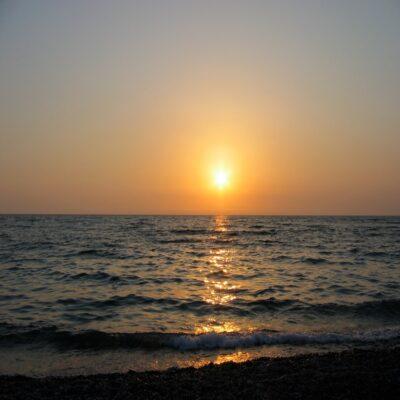 Закат на Черном море Абхазия