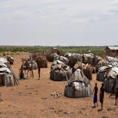 Деревня племени Дасанеч Джинка Эфиопия