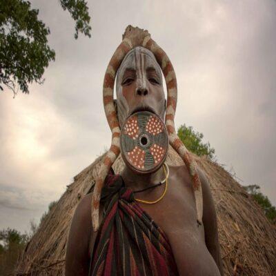 Женщина из племени Мурси Джинка Эфиопия
