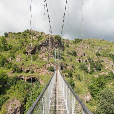 Подвесной мост в Хндзореск Армения