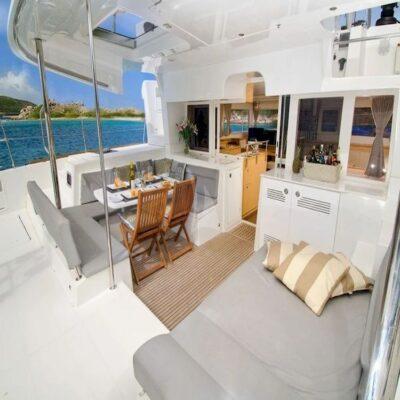 Палуба Яхта Lagoone 450
