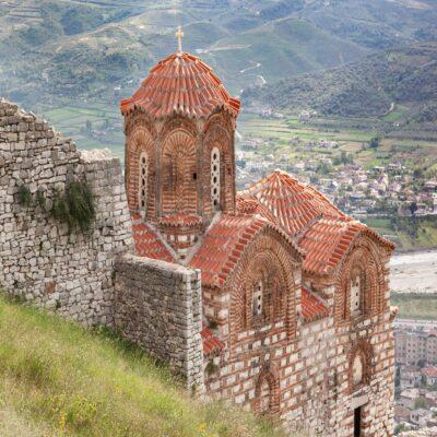 Старая византийская церковь в Берате Албания