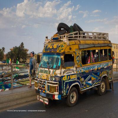 Автобус Сенегал
