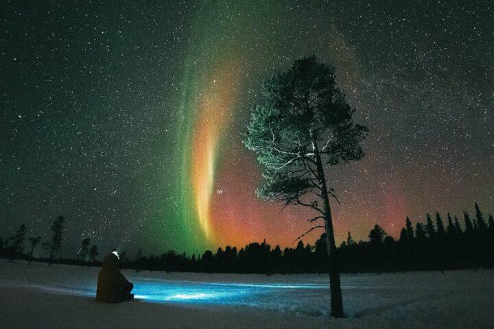 Новый год в Мурманске: полярная ночь с сияниями