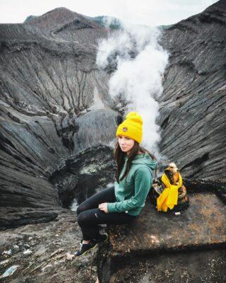 Жерло вулкана Бромо #bromo #bali #indonesia #java #travel #travelphotography #спецпроектЧ #чиптрипэксредиция #спецпроектчиптрип #кудаменяпослалчиптрип #cheaptripexpedition #specialproject