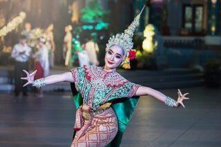 Вы уже решили, что будете делать на Новый год? Если десятидневное застолье для вас не вариант, присоединяйтесь к нашему южному приключению — путешествию в страну Оз. Оливье подождёт =) Встретим вместе 2019 год в самом сакральном месте Лаоса, загадаем желание в магической пещере 1000 Будд, полюбуемся на закат с воздушного шара, понянчим маленьких тигрят, увидим Море Красных лотосов и отдохнем на белоснежных пляжах живописного острова.  Таиланд — Лаос. Полный маршрут: Бангкок — Чианг Май — Хуай Сай — Пакбенг —Луангпрабанг — Ванг Вьенг — Вьентьян — Удон Тани — Остров Ко Самет — Бангкок/Паттайя  Есть 2 варианта дат: с 26.12 на 13 ночей/14 дней или на 16 ночей/17 дней  Язык общения русский. Стоимость от 1090$ + а/б. Осталось 4 места!  Подробности в direct или по почте cheaptripexpedition@gmail.com  Это приключение останется с вами навсегда! #cheaptripexpedition #спецпроектч #лаос #таиланд #новыйгод2019